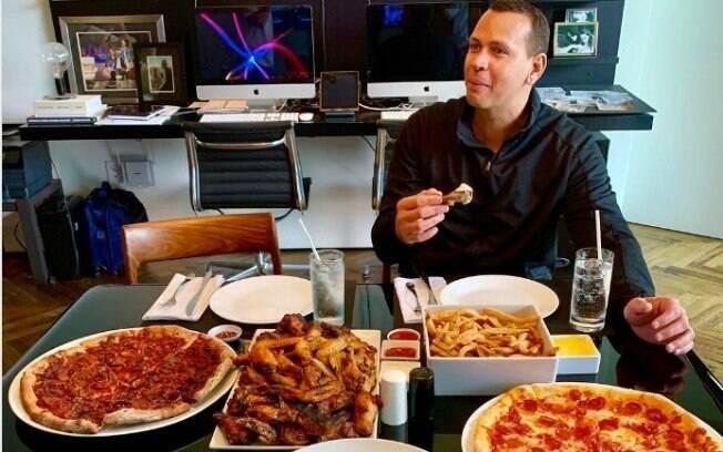 Primeira refeição de Alex Rodriguez depois dos 10 dias de dieta sem açúcar e carboidrato