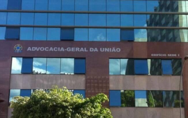 Após promoções e recuo na Advocacia-Geral da União (AGU), parlamentares se articulam para que reforma administrativa seja mais severa