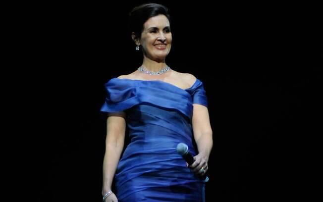 Fátima Bernardes no palco do Via Funchal: homenagem aos publicitários da Globo