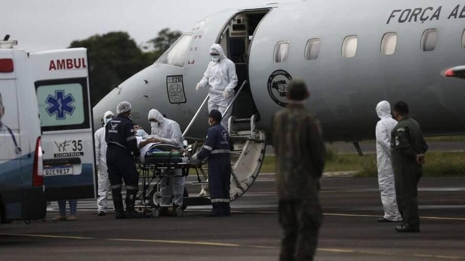 Em Manaus, familiares relatam dificuldades por transferência de pacientes