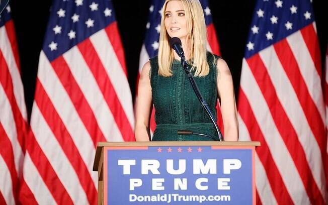 Ivanka Trump, filha mais velha do presidente, fecha marca de roupas que carregava seu nome por queda nas vendas após assumir cargo de conselheira na Casa Branca
