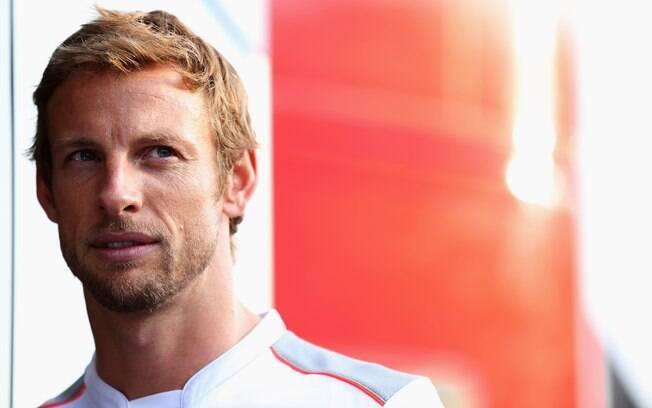 McLaren - Jeson Button - inglês já tem um  título mundial no currículo e está na lista de  favoritos em 2013