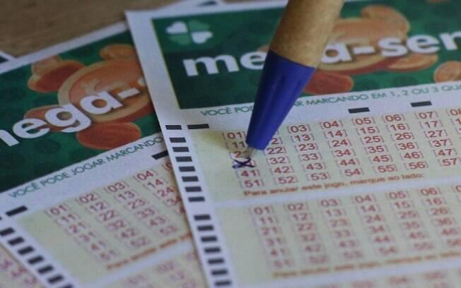 Mega-Sena faz sorteio de R$ 75 milhões neste sábado