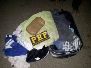 Homem foi preso com droga na bagagem
