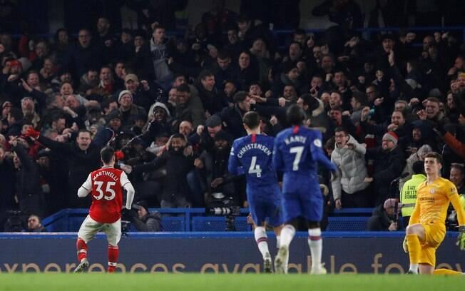 Chelsea e Arsenal empatam em 2 a 2
