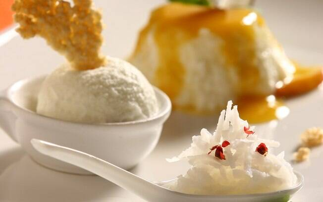 Foto da receita Manjar de coco com sotaque nordestino da Dona Zélia pronta.