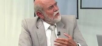 """""""No caso de Collor, havia crime, agora não existe isso"""", diz ex-presidente da OAB"""