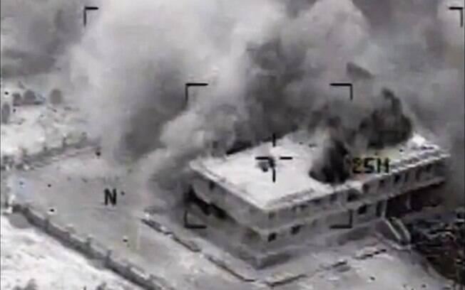 Resultado de imagem para imagem bombardeio americano na síria