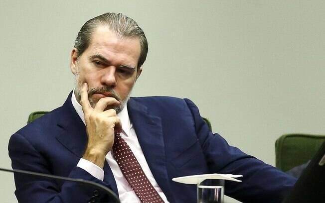 Jurista pede impeachment de Dias Toffoli apontando 59 crimes de responsabilidade