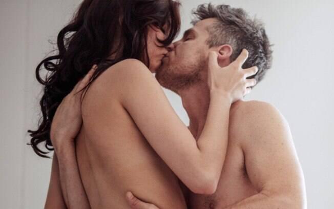 Saber como durar mais no sexo é uma questão para muitos casais, podendo até desgastar o relacionamento entre eles