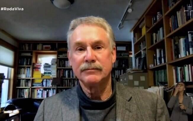 Escritor foi entrevistado pelo programa Roda Viva