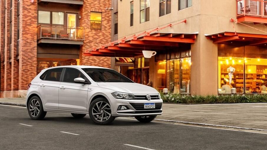 VW Polo e Virtus 2022: sem mudanças por fora, hatch compacto recebe apenas novos recursos na central multímidia