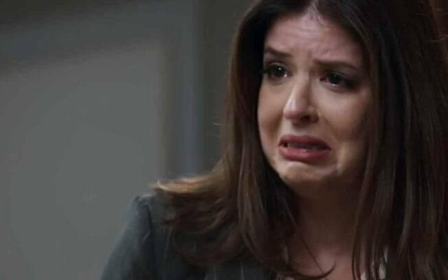 Pega Pega: Maria Pia toma medida desesperada e tentará se matar no dia do casamento de Eric com Luiza