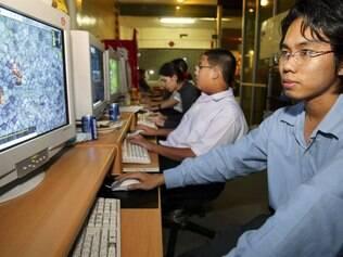 Lan House na Tailândia: emergentes lideram crescimento da internet