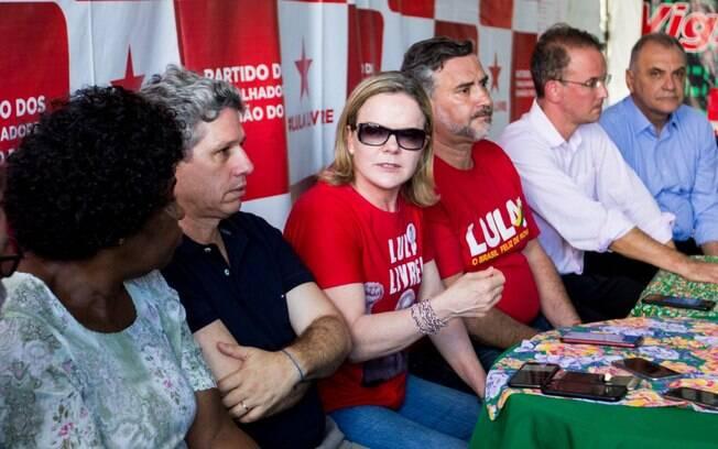 Cúpula do PT atacou Bolsonaro e anunciou boicote à posse do novo presidente eleito