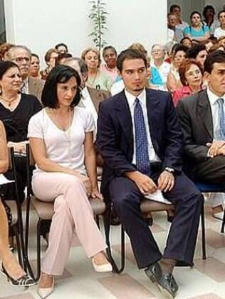 Thomaz ao lado da mãe, Lu Alckmin
