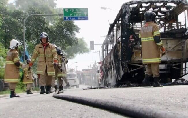 De acordo com a federação, por conta dos ataques a ônibus na última semana, o transporte na região ficará comprometido