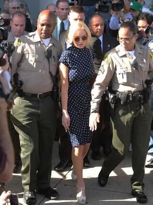 Lindsay Lohan deixa audiência na corte de Los Angeles: atriz vai passar 30 dias na cedeia