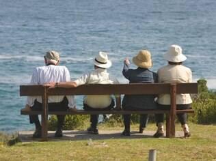 Para os britânicos, os 55 anos marcam o início da meia-idade