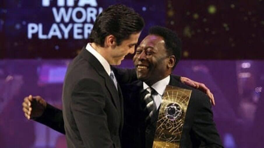 Kaká foi eleito o melhor do mundo em 2007