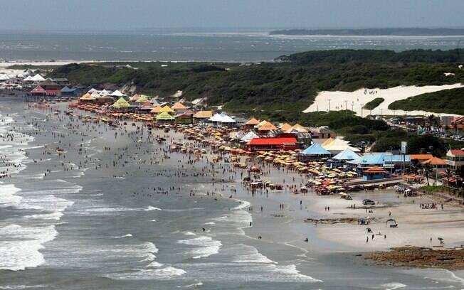 praia do Atalaia%2C no Pará