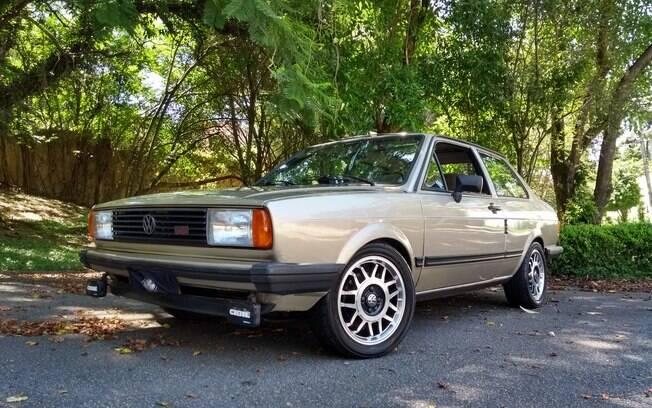 VW Voyage Plus: mesmo preparado, o sedã manteve a aparência do modelo original, inclusive o desenho das rodas
