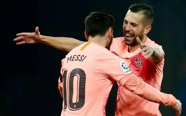 Se Messi tem bastante tattoo, Jordi Alba não tem uma sequer