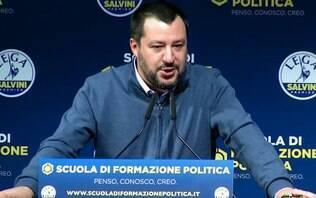 """Ministro italiano agradece a Bolsonaro e diz que Battisti é um """"grande presente"""""""