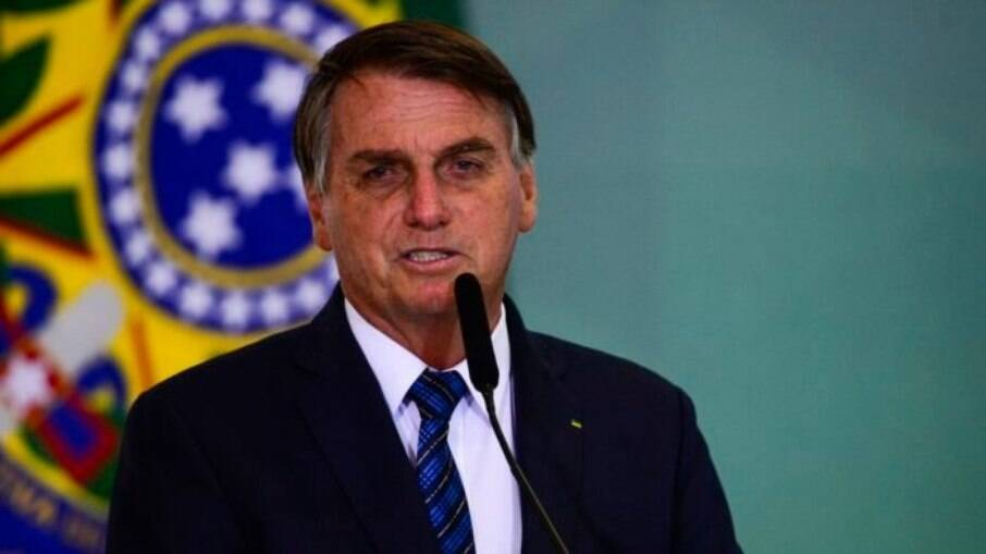 Bolsonaro quer incluir redes sociais no Marco Civil da Internet