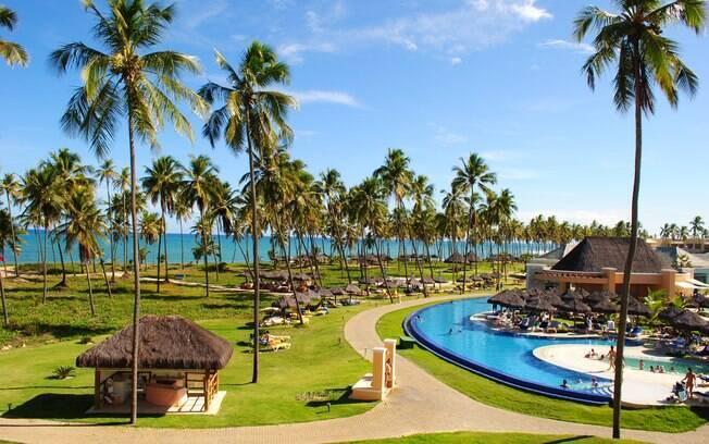 Praia do Forte está entre as regiões indicadas para quem busca o turismo de luxo na Bahia
