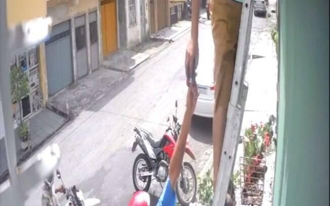 homem em escada