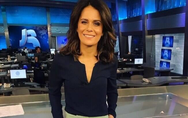 Adriana Araújo sai do