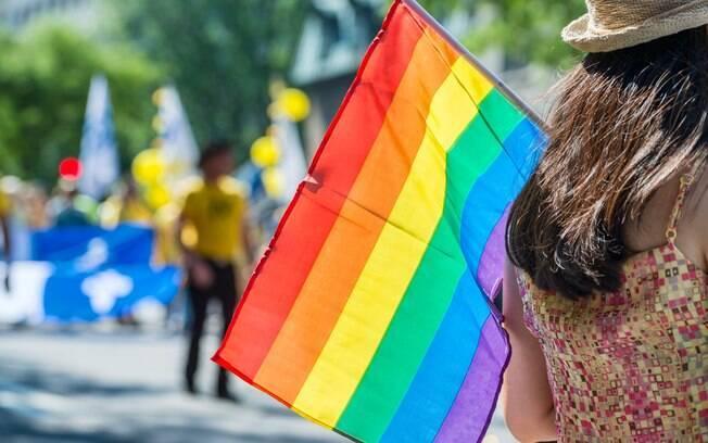 Muitas pessoas ainda sentem dificuldade em se classificar como bissexual ou queer