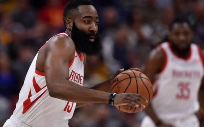 James Harden fez 44 pontos contra o Utah Jazz. Diferente de Luka Doncic, 'o barba' estará no jogo das estrelas em fevereiro
