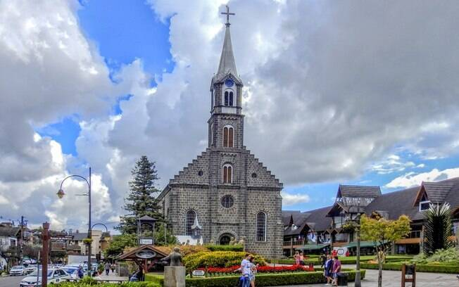 A praça da Igreja Matriz São Pedro é um dos cartões postais da cidade.