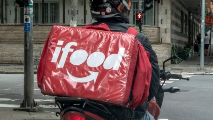 iFood anunciou medidas de proteção a entregadores, com nova taxa mínima de frete