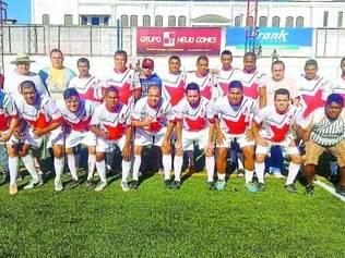 Estrelinha.  Equipe assumiu a liderança do grupo B a duas rodadas do fim da primeira fase do torneio