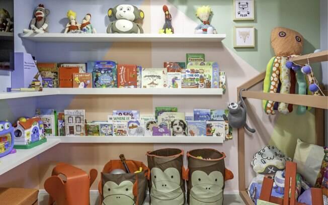 A tendência de ambientes coloridos cai muito bem para o quarto das crianças. Projeto da arquiteta Cristiane Schiavoni