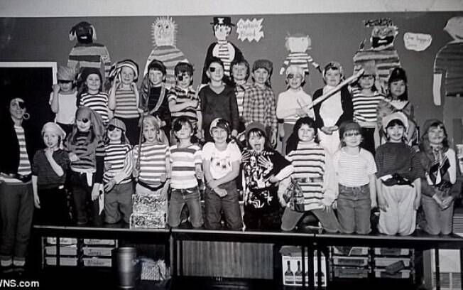 A professora fazia todos os anos uma aula especial para explicar sobre os piratas