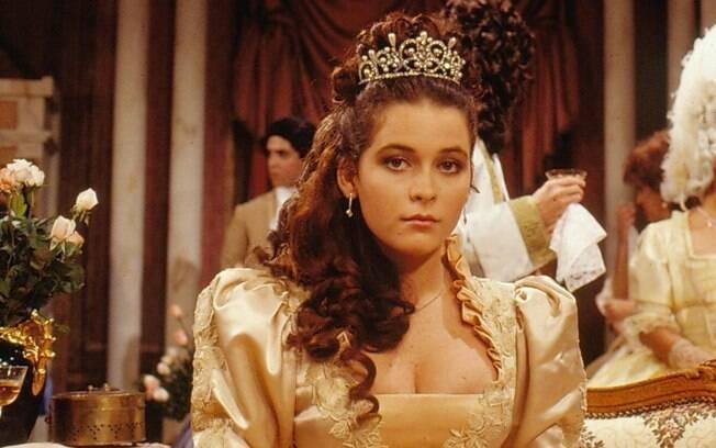 Cláudia Abreu viveu a romântica Princesa Juliette, que se apaixona pelo mendigo e falso rei Pichot (Tato Gabus)