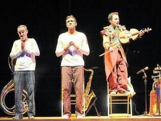 La Mínima quis comemorar seus 15 anos com uma peça do italiano Dario Fo