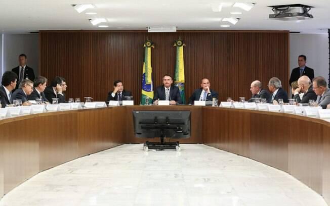 Próxima reunião ministerial já deverá ter a proposta de reforma da Previdência apresentada, espera governo