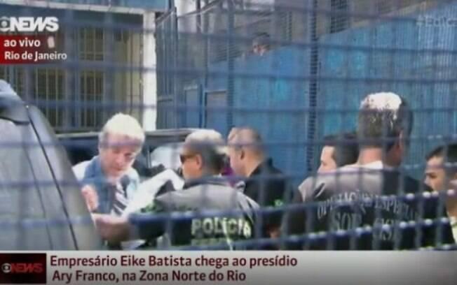 Eike Batista, de 60 anos, foi preso antes mesmo de chegar ao saguão de desembarque pelos agentes da PF