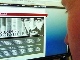 Histórias.  Foram publicados 103 papéis e vídeos  sobre o autor do ataque de 11 de Setembro