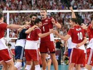 Polônia cresceu na competição no embalo da sua torcida fanática