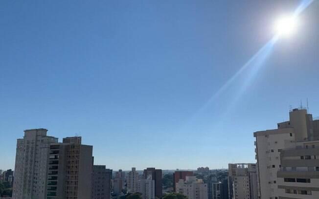 Domingo terá predomínio de sol com máxima de 25°C, diz previsão