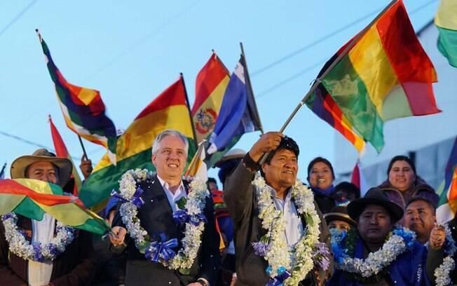 Evo Morales comemora reeleição na Bolívia