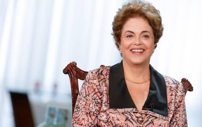 À Agência Pública, Dilma falou sobre alianças partidárias e criticou postura do PSDB