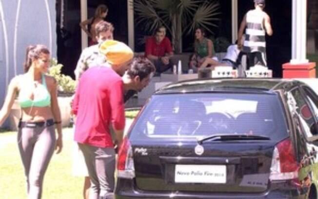Junior ganhou um carro