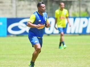 Exemplo. Para Júlio Baptista, Cruzeiro tem que demonstrar superioridade e não utilizar os mesmos métodos que os peruanos